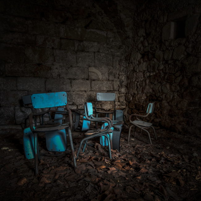 urbex exploration france chaise ecole