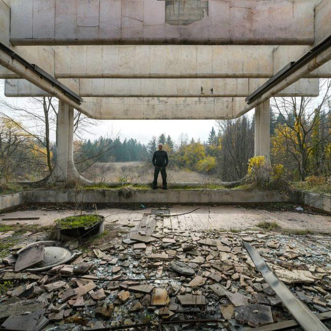urban-urbex-exploration-bulgarie-autoportrait-todor-jivkov