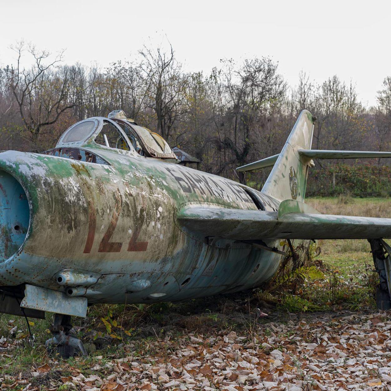 urban-urbex-exploration-bulgarie-ecole-avion-militaire
