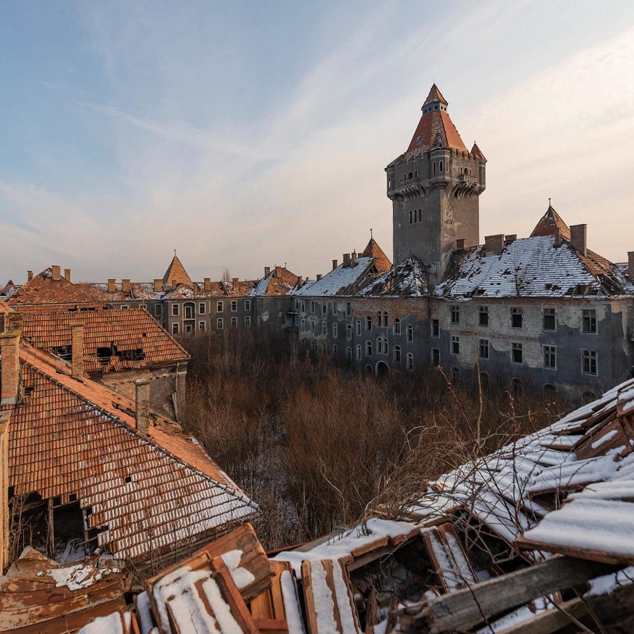 urbex-urban-exploration-hongrie-chateau-ruine