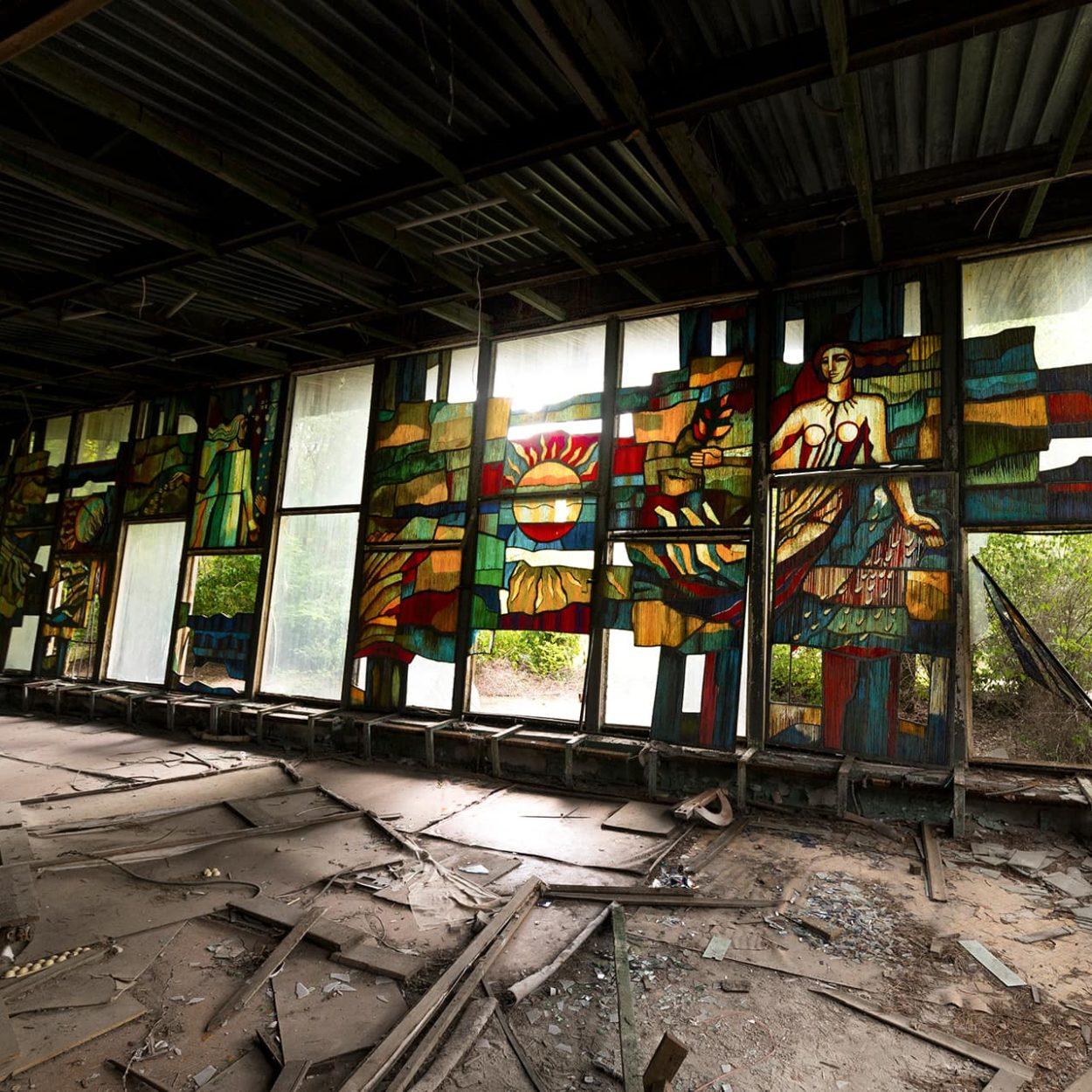 urbex-urban-exploration-ukraine-tchernobyl-pripiat-bar