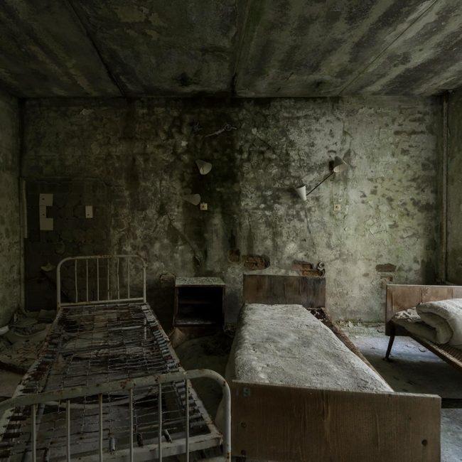urbex-urban-exploration-ukraine-tchernobyl-pripiat-habitation-chambre