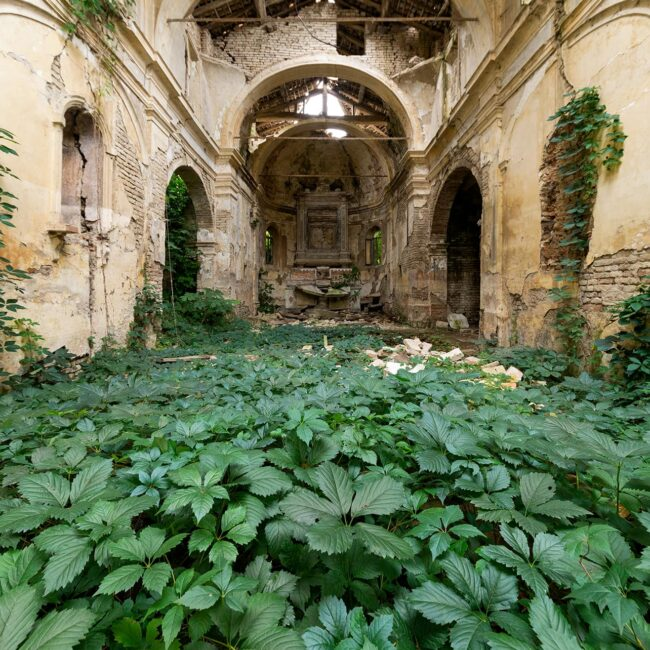 urbex-exploration-italie-eglise-chiesa-nature