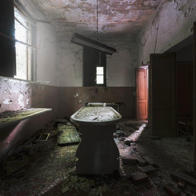 urbex-exploration-italie-manicomio-morgue