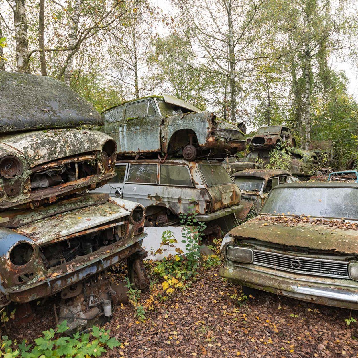 urbex-urban-exploration-autriche-graveyard-car-rouille