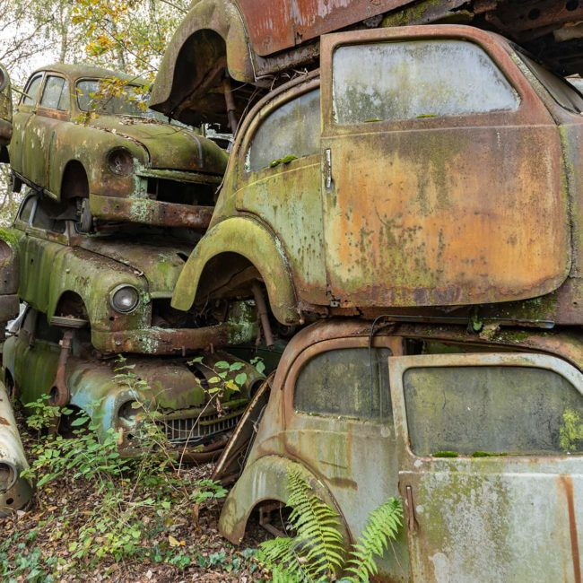 urbex-urban-exploration-autriche-graveyard-cars-rouille