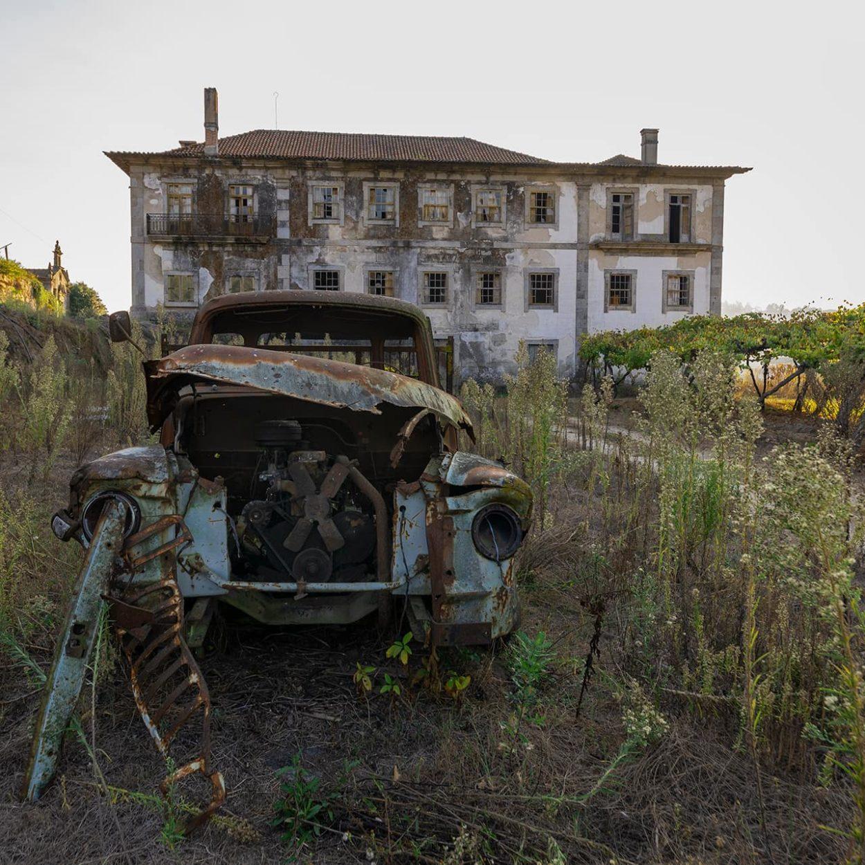 urbex-urban-exploration-portugal-azeitonas-quinta-automobile
