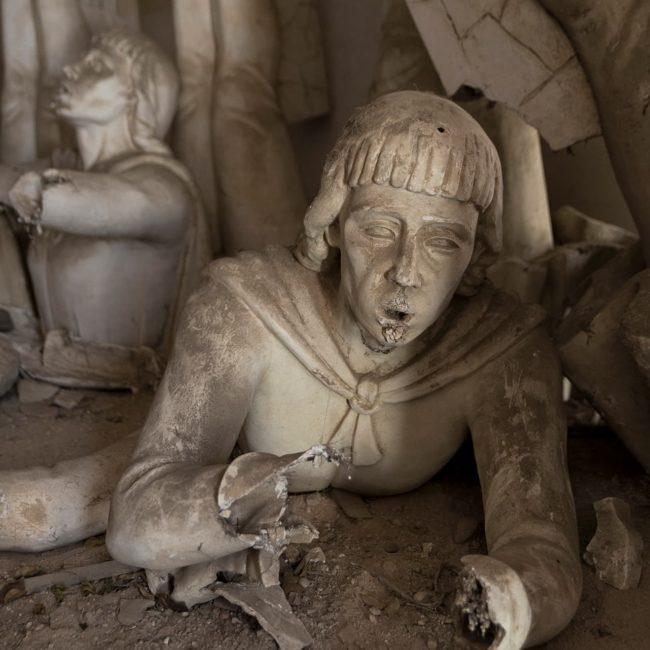 urbex-urban-exploration-portugal-statue-sculpteur