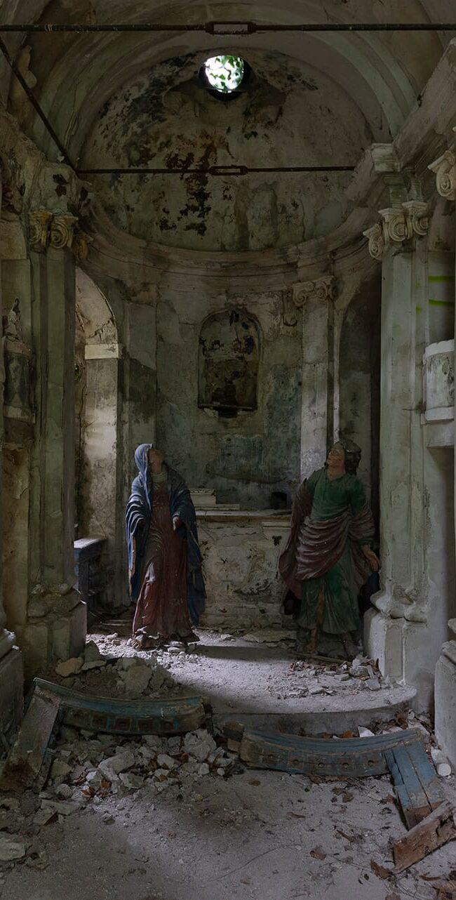 urbex-exploration-italie-chiesa-statue