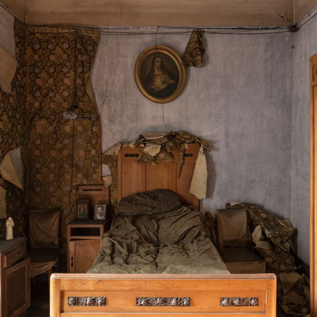 urbex-exploration-italie-villa-chambre-lit