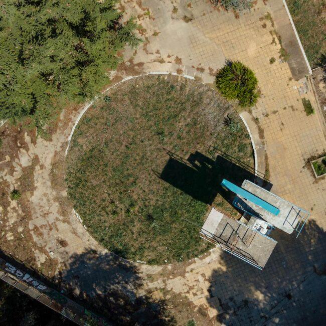urbex-drone-dji-mavic-air-exploration-piscine